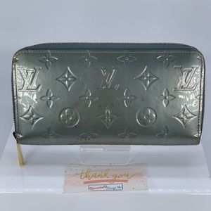 Louis Vuitton Zippy Vernis Wallet